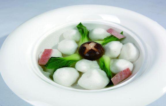 汤类小吃鱼圆汤