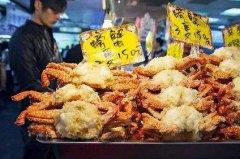 台北炸螃蟹培训学员炸螃蟹店