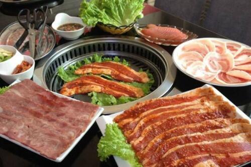 那里有韩式烧烤学